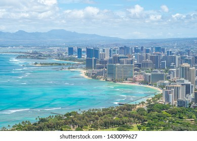 Aerial view of honolulu in Oahu, Hawaii, US