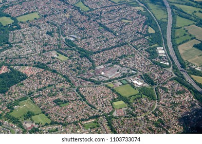 Aerial view of the housing estates of Lower Earley in Reading, Berkshire. Mostly built in recent decades, the housing provides homes for workers both in the town of Reading and further afield.