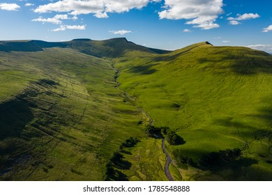 Aerial view of the main peaks of mountains in the Brecon Beacons National Park, Britain (Corn Du, Pen-y-Fan,Cribyn)