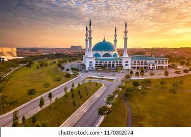 Aerial view of Masjid Sultan Iskandar, Bandar Baru Dato' Onn Johor Bahru, Malaysia during sunrise.