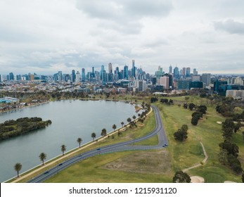 Aerial view of Melbourne skyline and Albert park circuit.
