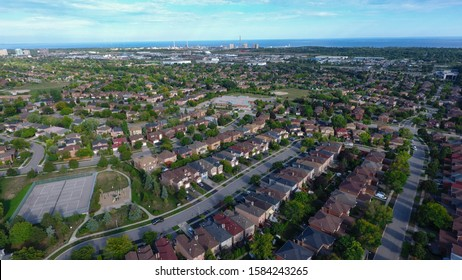Aerial view of a neighbourhood on the east end of Oakville, Ontairo