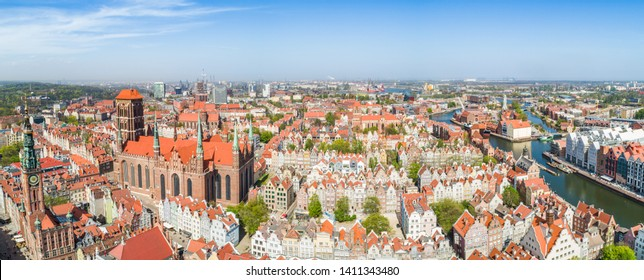 Aerial view. Gdańsk - an old town with a visible St. Mary's Basilica, old tenement houses and the Ołowianka island.