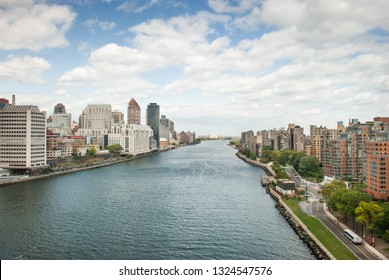 Aerial view on East river and Roosevelt island from Roosevelt Island Tramway
