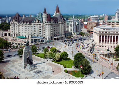 Aerial view of Ottawa's Cenotaph and Chateau Laurier on a sunny afternoon