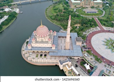 Aerial view of Putra Mosque Putrajaya with Beautiful Lake, It is located next to the Perdana Putra and Putra Square Putrajaya