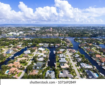 Aerial view of real estate in Palm Beach Gardens, FL