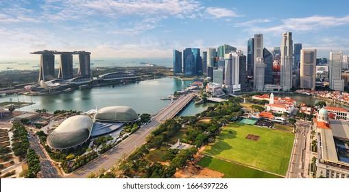 Luftbild der Stadt Singapur am Tag