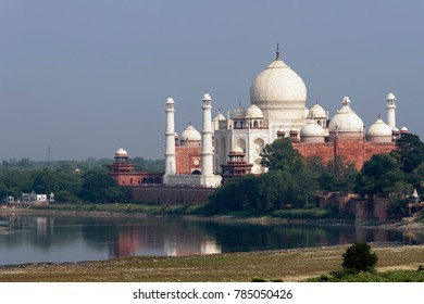 Aerial view of Taj Mahal from Agra Fort, Agra, Uttar Pradesh, India