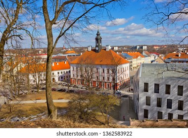 Aerial view of Tartu City Hall from University Hill