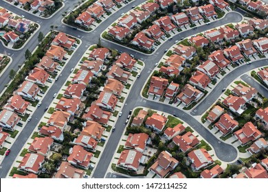 Aerial view of typical suburban cul-de-sac street in the San Fernando Valley region of Los Angeles, California.