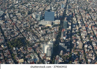 Aerial view of World Trade Cetner in Mexico City.