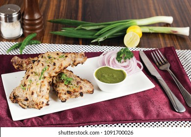 Afghani Chicken With Green Sauce
