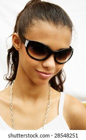 African american girl with sunglasses