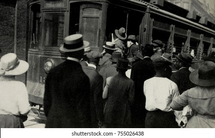 African Americans and Whites fleeing stock yard area during the Chicago race riot, July 27-Aug. 3, 1919.