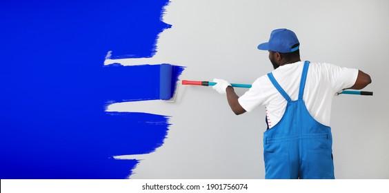 Mur clair de peinture afro-américain