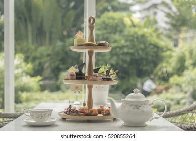 Afternoon tea set, tea set with dessert