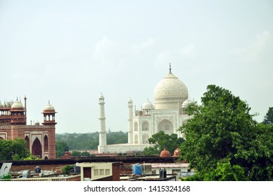 Agra town with Taj Mahal, Uttar Pradesh, India