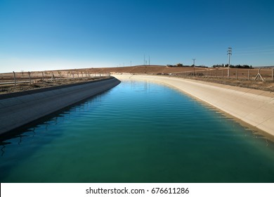 Agricultural irrigation channel