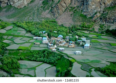 Agricultural landscape with blue river, Northern India