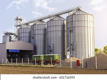 Agricultural silos for grain crops / grain silos (wheat, corn, soy, etc). Trailers park in front of facility