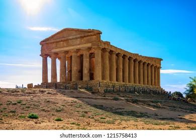 Agrigento - Temples valleyA greek temple isolated in the Agrigento temples valley, Sicily, Italy