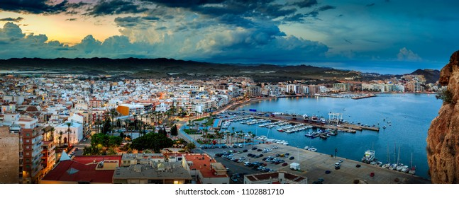 Aguilas,spain by night