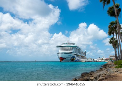 The Aida Perla Cruise anchored in the port of Oranjestad, is one of the most modern and with a new ecological concept in this type of ship. Oranjestad. Aruba. January 23, 2019