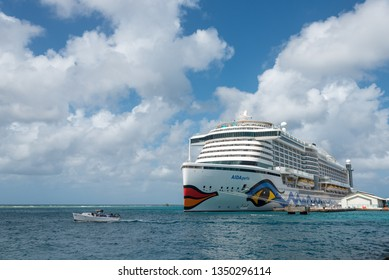The Aida Perla Cruise anchored in the port of Oranjestad, is one of the most modern and with a new ecological concept in this type of ship. Oranjestad. Aruba January 23, 2019