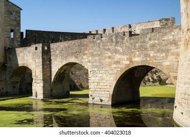 Aigues-Mortes (Gard, Languedoc-Roussillon, France): historic bridge