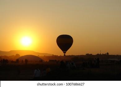 Air balloon - Sunset silhouette
