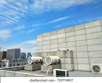air blower on roof