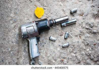 Air Tool for Wheel Bolting and bolts