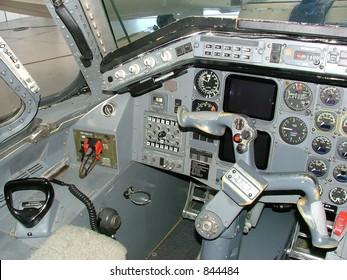 Aircraft instrument panel EMB120ER left