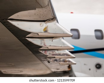 Aircraft wing vortilon