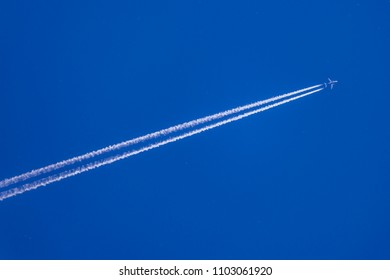 Airliner at the flight level