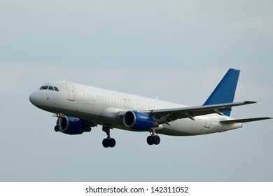 Airliner landing on final approach