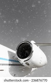 airplane turbine, winter