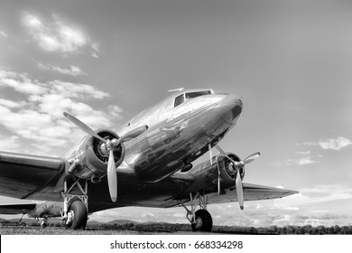 Airplanes and engines Vintage