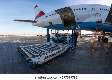 Airport equipment. Airport cargo loading vehicle. Ground handling. Boeing 777.