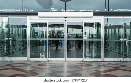 airport terminal building gate entrance and automatic glass door