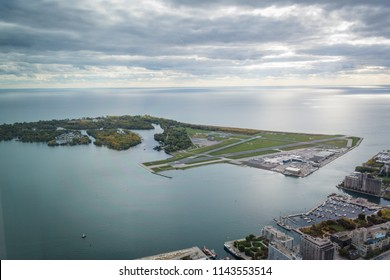 Airport at Toronto Islands