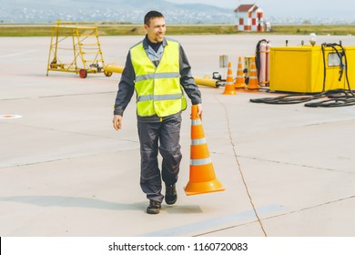 airport worker support