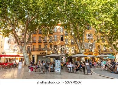 AIX-EN-PROVENCE, FRANCE - JULY 19, 2013: Place de l'hotel de ville, Aix-en-Provence, Bouches-du-Rhone, Provence, France