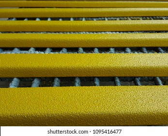 AK- Anti-slip pad yellow paste a row.