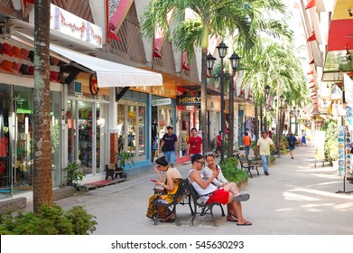 AKLAN, PH - DEC. 20: D Mall souvenir shop on December 20, 2016 in Boracay, Aklan. D'Mall in Boracay consist of restaurants, souvenir shops, boutiques, convenience stores and other establishments