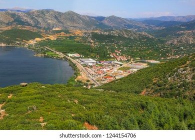 The Akpinar Village is 7 km away from the Egirdir city center, and it's a cute village where the Egirdir lake can be viewed with top view. Isparta-Turkey