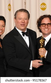 Al Gore & Davis Guggenheim at the 79th Annual Academy Awards at the Kodak Theatre, Hollywood. February 26, 2007  Los Angeles, CA Picture: Paul Smith / Featureflash