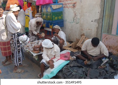 AL HUDAYDAH, YEMEN - Dec, 31: People at the street market of the city on December, 31, 2009. AL HUDAYDAH, YEMEN
