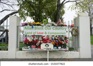 The Al Noor Mosque,is a Sunni mosque in the Christchurch suburb of Riccarton in New Zealand. It became the primary target of the Christchurch mosque shootings of 15 March 2019